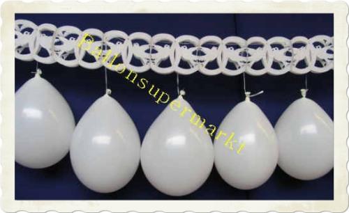 Luftballons Hochzeit. Taubengirlande mit Luftballons