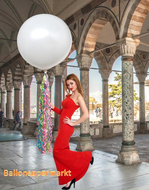 Großer Ballon zur Hochzeit